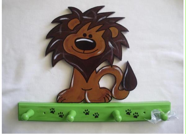 Garderobe Löwe grün